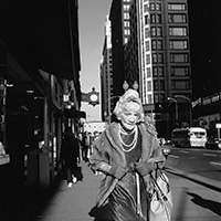 Maier-Vivian_Chicago_(Woman-with-Pearls)_1967-200