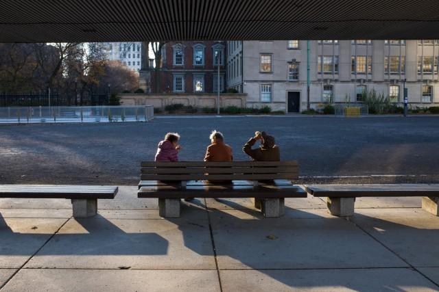 Fuji X100T Street Photography Review - APS-C 23mm Lens