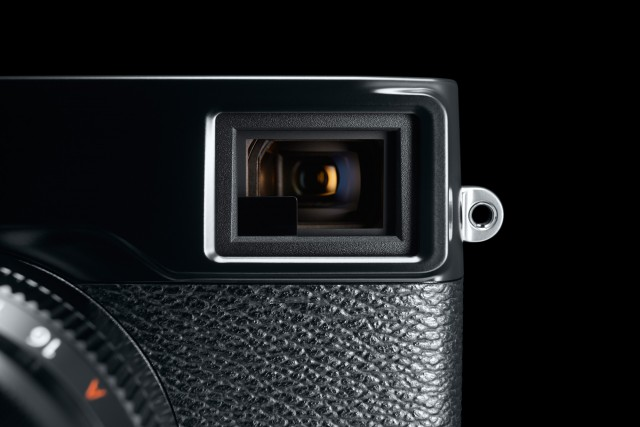 Fuji X Pro2 Street Photography Review - Hybrid Viewfinder
