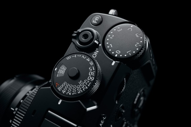 Fuji X Pro2 Street Photography Review - ISO Dial