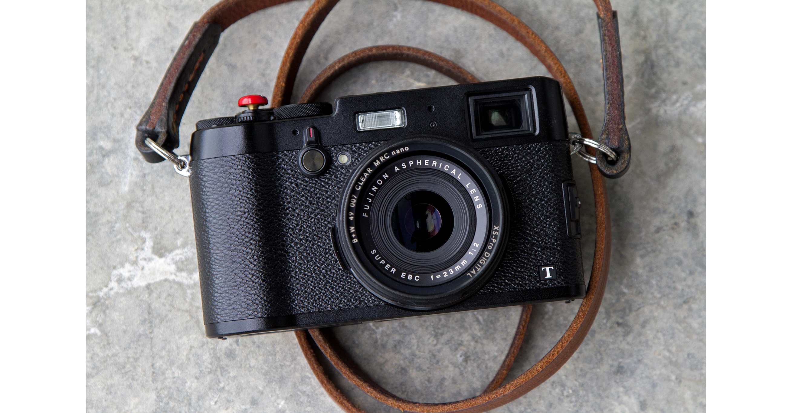 I Sold My Leica And Got A Fuji X100T For Street Photography