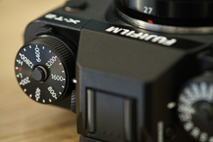 Fuji XT2 Street Photography Review - Separate ISO DIal