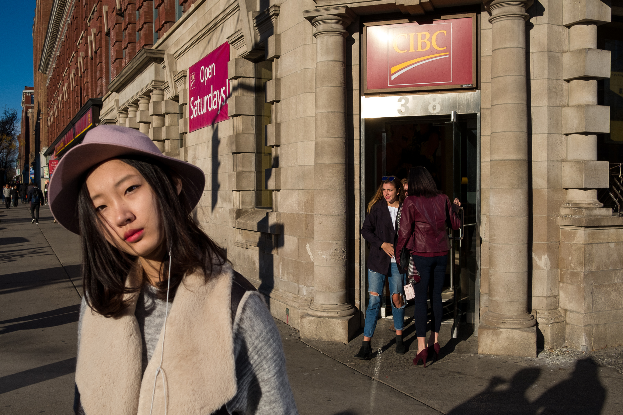 Fuji 23mm f2 Street Photography Review - Great Little Lens