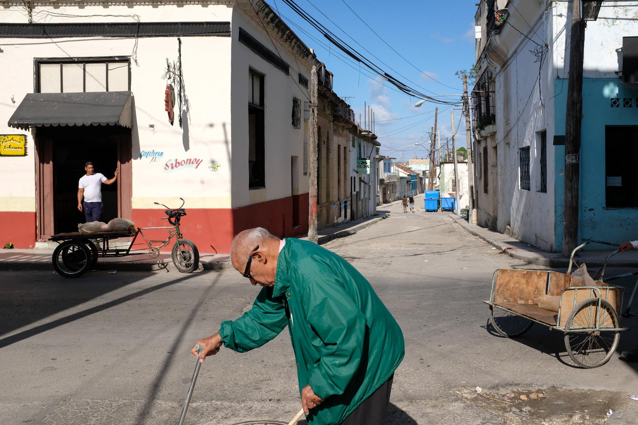 Fuji X100F In Havana - The Perfect Street Photography Camera