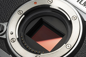 Fuji XT3 Street Photography Review - 26MP Back Side Illuminated Sensor